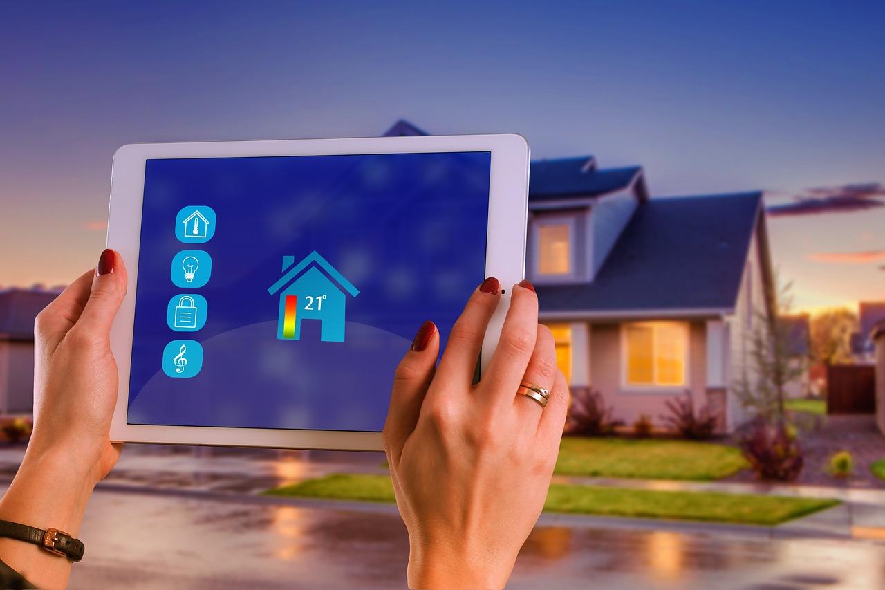 4 produkter du behöver för att komma igång med ditt smarta hem