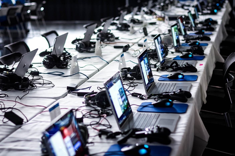 Tourn startar bolag inom esport/Gaming – Charge