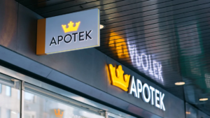 Kronans Apotek skänker 900 liter handdesinfektion till Stockholms Stadsmission 3