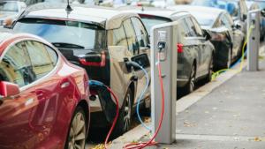 Nästan varannan person kan tänka sig en elbil som nästa bil 3