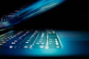 """Hackaren Marie: """"De flesta wifi-nätverken knäcker man på bara ett par minuter"""" 3"""