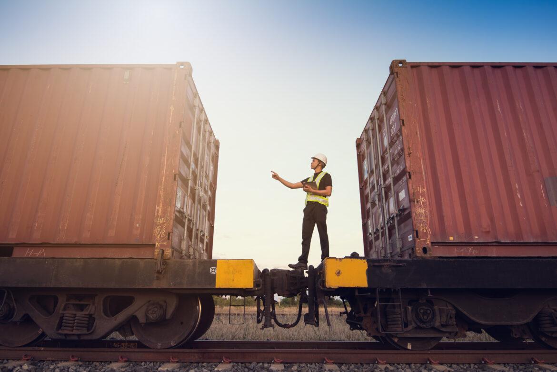 BluJay stärker tjänster för tågtransporter med förvärv av Raven Logistics