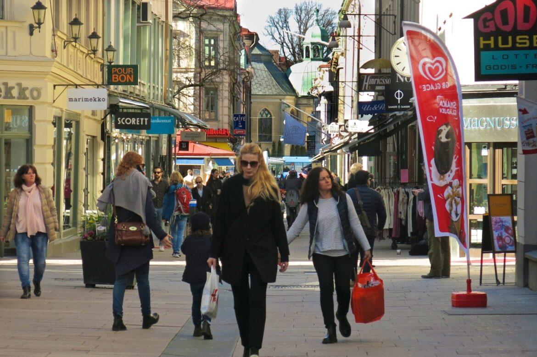 Kvinnor mer miljövänliga i sina shoppingbeslut
