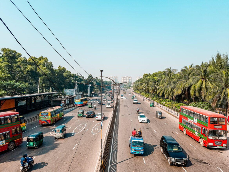 Spotin expanderar till Dhaka